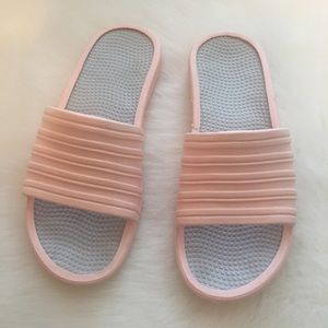 Shoes - Peach/Pink Sides